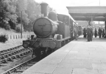 malmesbury-station-train