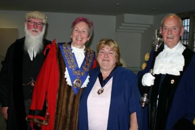 Malmesbury town clerk will hang up his wig next year