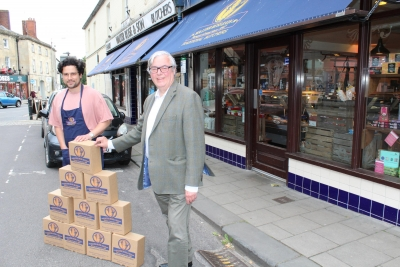 Devizes butchers donates food boxes to Heals of Malmesbury